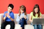 آسیب آلودگی فضای مجازی در کمین کودکان/ کودک بی تحرکی سلامت موبایل فناوری بازی فارن